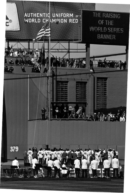 Former players raise World Series flag (4/11/05) - bad scan, need to redo
